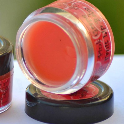 Pratha Naturals And Handmade Natural Pink Grapefruit Lip Balm