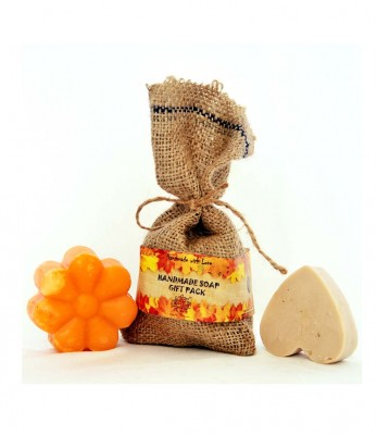Pratha Naturals And Handmade Soap Gift Pack